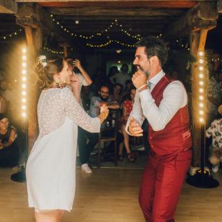 Mariés sur le dancefloor